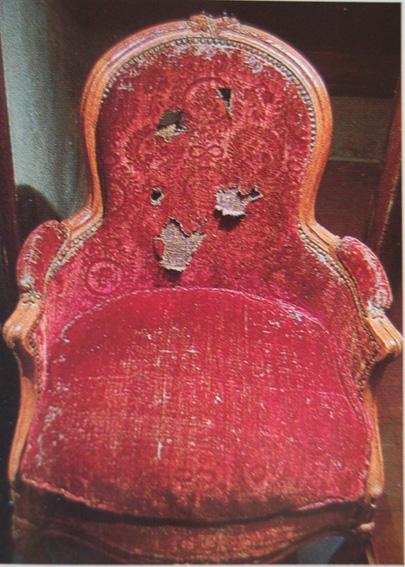 fauteuilelbe1.jpg